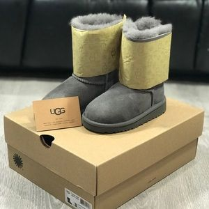 Toddler ugg boots size 8 grey gray